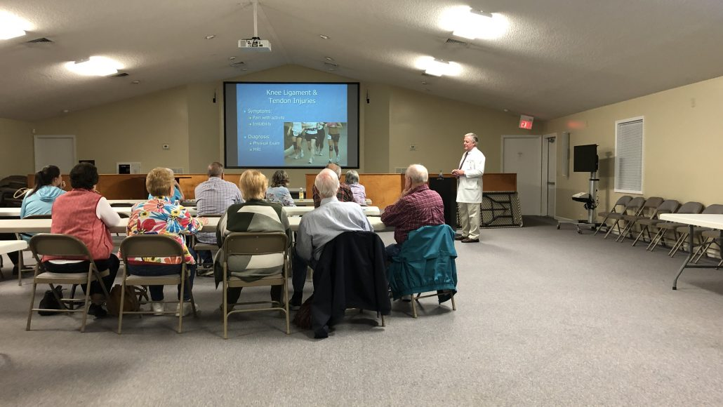 Dr. Noonburg Presents Management of Knee Arthritis Seminar at Effingham Hospital